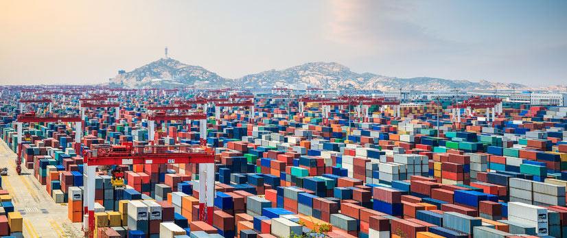 Foto del puerto de shangai y como importar productos desde china